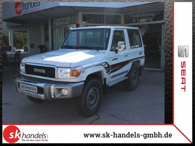 Toyota Land Cruiser GRJ 71
