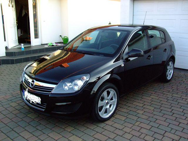 Opel Astra sehr guter Zustand scheckheftgepflegt inkl. Sommerräder