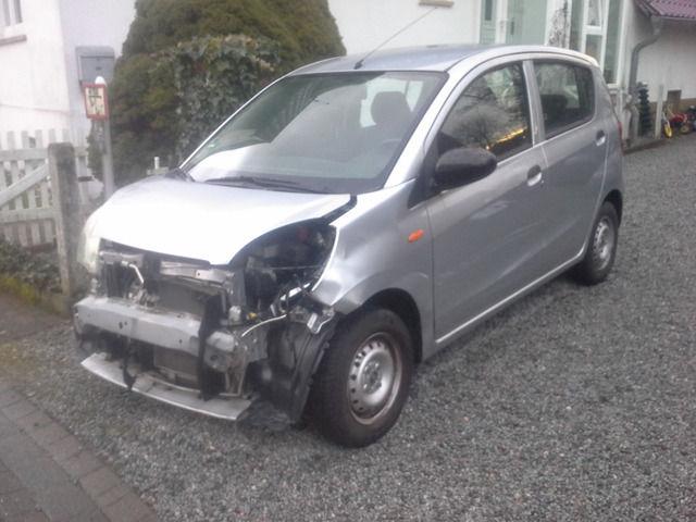 Daihatsu Cuore 1.0 mit Klima / Totalschaden