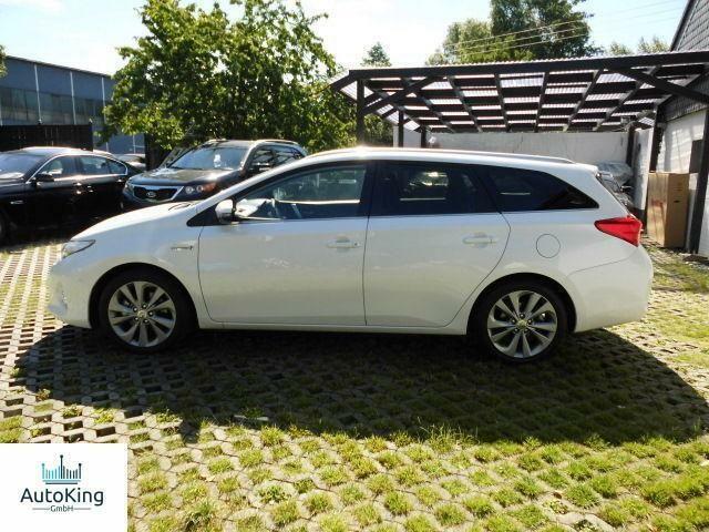 TOYOTA Auris 1.8 VVT-i Hybrid Automatik Touring Sports