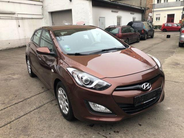 Hyundai i30 1.4 1.Besitz Scheckheft gepflegt