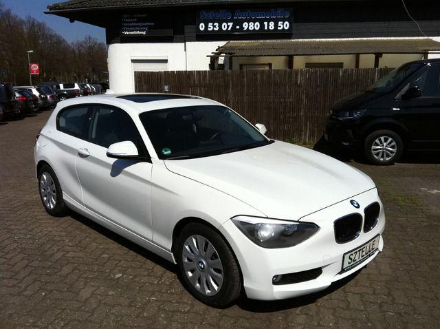 BMW 116d Sport Line EfficientDy-NAVI-SHZ-1.HAND-