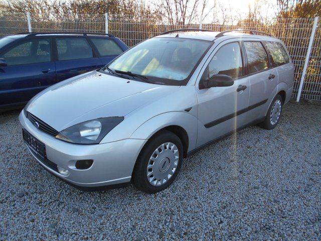 FORD Focus Turnier Basis