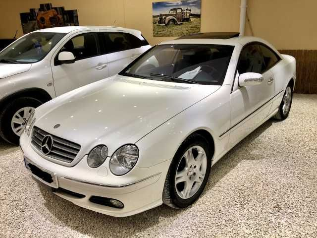MERCEDES-BENZ CL500 V8-Zylinder