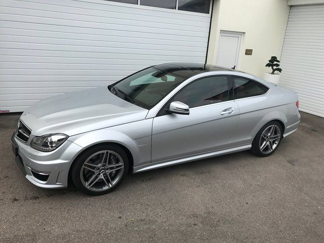 MERCEDES-BENZ C 63 AMG -COUPE- ---- orig. 2 TKM ----