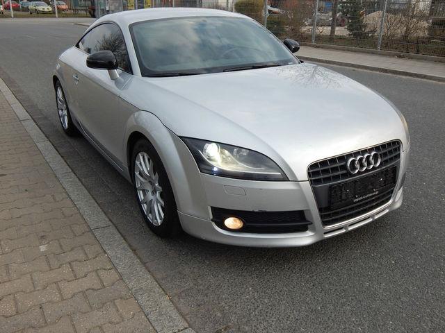 Audi TT 2.0 Coupe