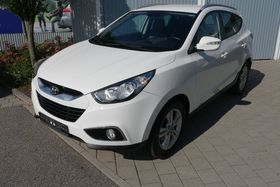 Hyundai ix35 1.6 STYLE - AHK - PARKTRONIC - SITZHEIZUNG VORN & HINTEN - TEMPOMAT - LM-FELGEN 17 ZOLL