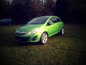 Opel Corsa 1.4 Bluetooth / Navi / Klima 150 Jahre