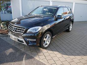 Mercedes-Benz ML 350 CDI DPF BlueTEC 4MATIC - AMG SPORT-PAKET EXTERIEUR - PARK-PAKET - PANORAMA-SD - COMAND