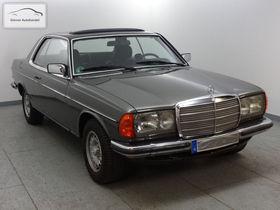 Mercedes-Benz 230 CE W 123 mit H-Kennzeichen+Schiebedach