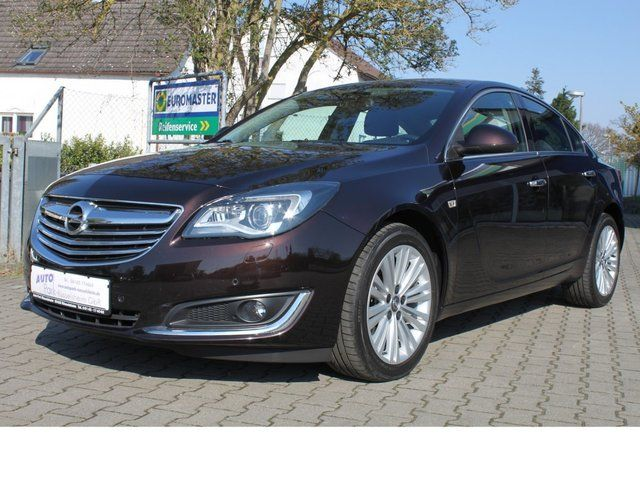 OPEL Insignia 2,0 Turbo Innovation 4x4 -LEDER-NAVI-