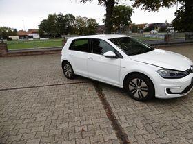 VW Golf VII e-Golf Comfortline DSG 4Türen Klima