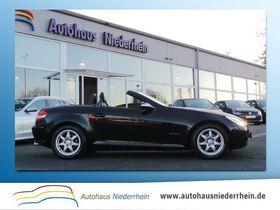 Mercedes-Benz SLK 200 K LEDER-SPORTSITZE-TEMPOMAT-SHZ-1.HAND-