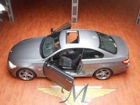 BMW 330 Coupe M-Sport & Aerodynamik Edition VOLLLeder Navi Xenon EGSD