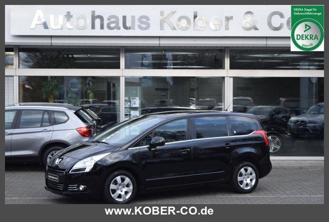 Peugeot 5008 Business-Line Navi Panorama Automatik