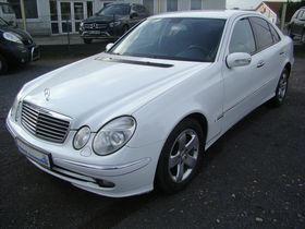Mercedes-Benz E 280 AVANTGARDE+Lückenlos MB Scheckheft+T-Leder