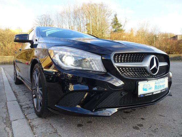 MERCEDES-BENZ CLA 250 Shooting Brake Urban Sport Automatik AHK