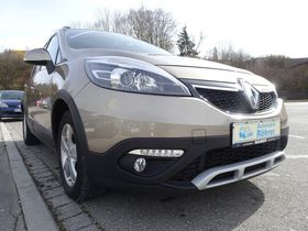 RENAULT Scenic XMOD TCe 115 Navi Sitzheizung PDC