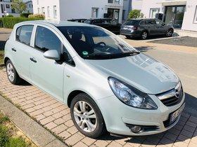 Opel Corsa - gut gepflegt - Farbe greenspirit (grün silber metallic)