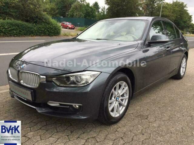 BMW 320i Lim. Automatik/Navi/Xenon/Leder/Klima