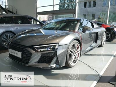 Audi R8 Coupé V10 performance quattro 45 UPE 221,502?
