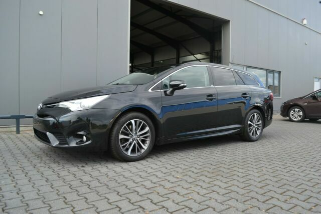TOYOTA Avensis Touring Sports Edition-S Navi