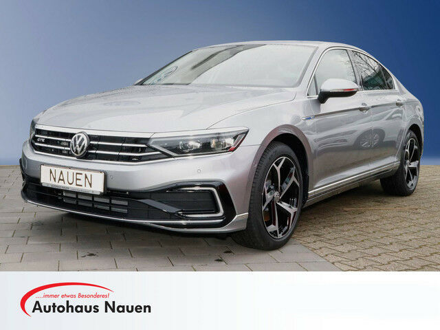VW Passat GTE Navi Discover Pro LED 18' Felgen IQ.Light Rückfahrkamera