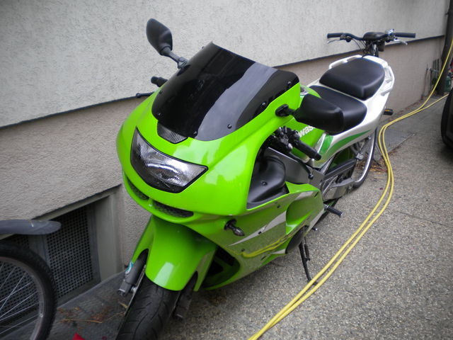 Kawasaki ZX600F