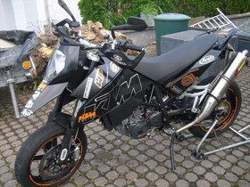 KTM 690 SM Prestige