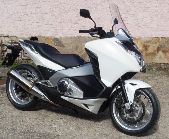 Honda Integra700