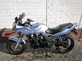 Kawasaki Zr7s