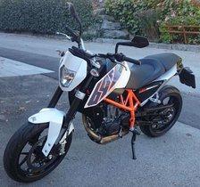 KTM 690 Duke Naked Bike
