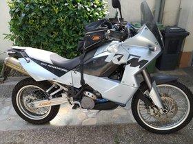 KTM LC 8 950