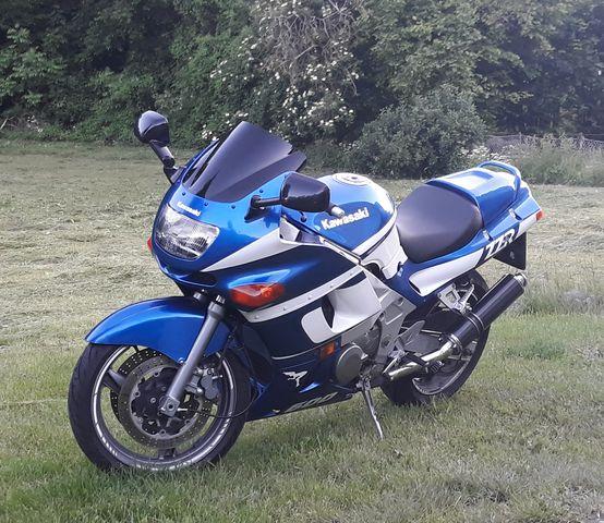Kawasaki ZZR 500