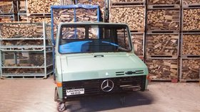 Mercedes-Benz U1200